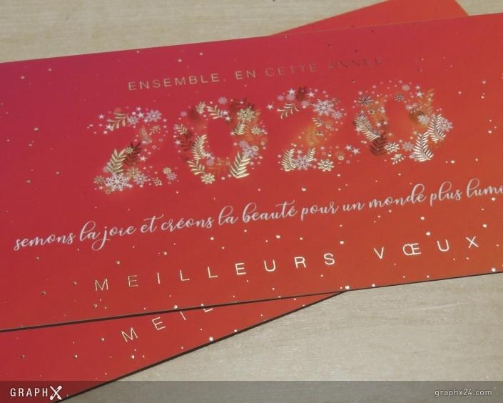 Carte de vœux nouvelle année avec dorure
